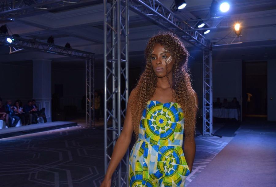 الأزياء الأفريقية تقدم احلى الموديلات