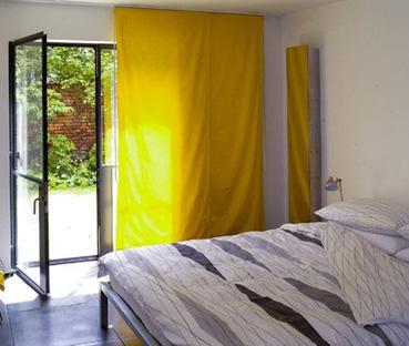 فن التناسق بين الستائر والنوافذ 10067_large.jpg