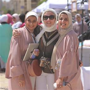 91d4e1eb7 لأول مرة بازار للمحجبات في مصر!